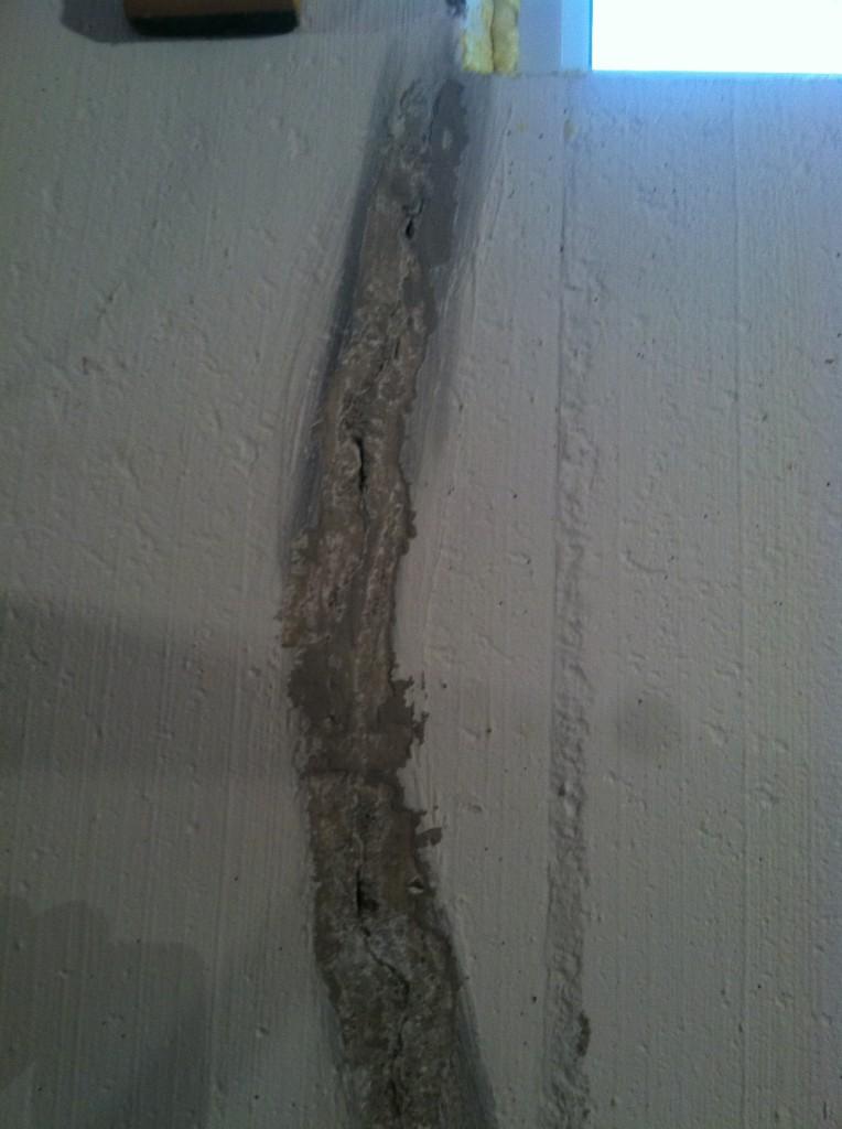 wall crack repair southeast Michigan